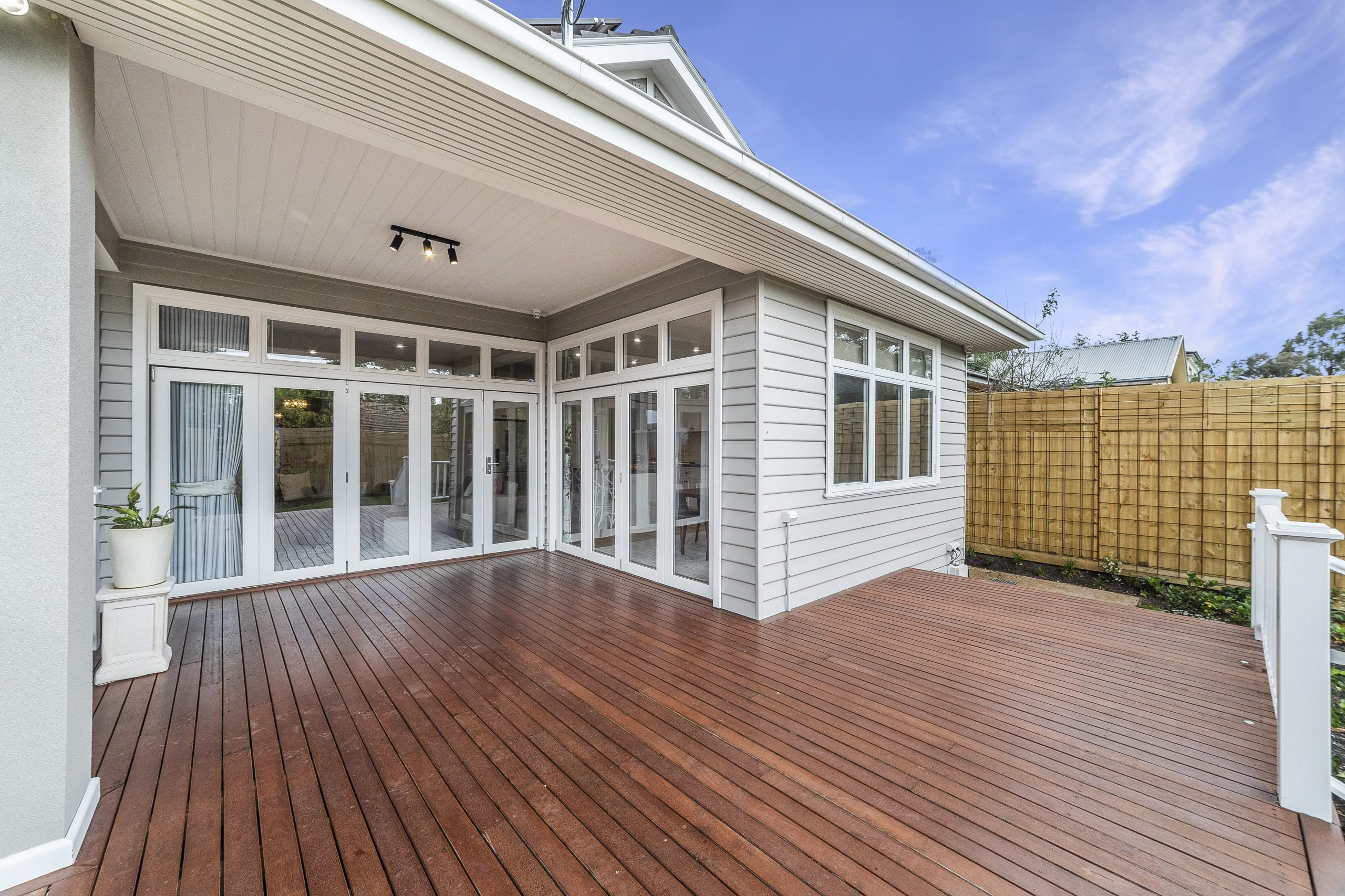 How Optimise Budget When Renovating Your Home